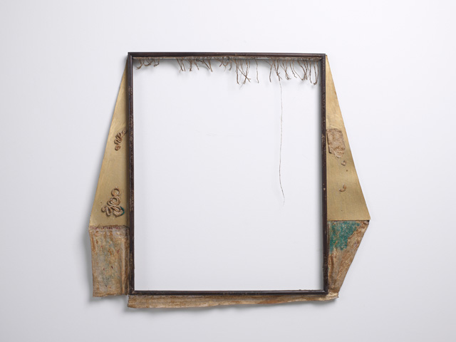 Füsun Onur From an Exhibition, 1989. Canvas, wood, gauze, gilding, paint, thread, 66 x 59 cm. Photo: Hadiye Cangökçe.